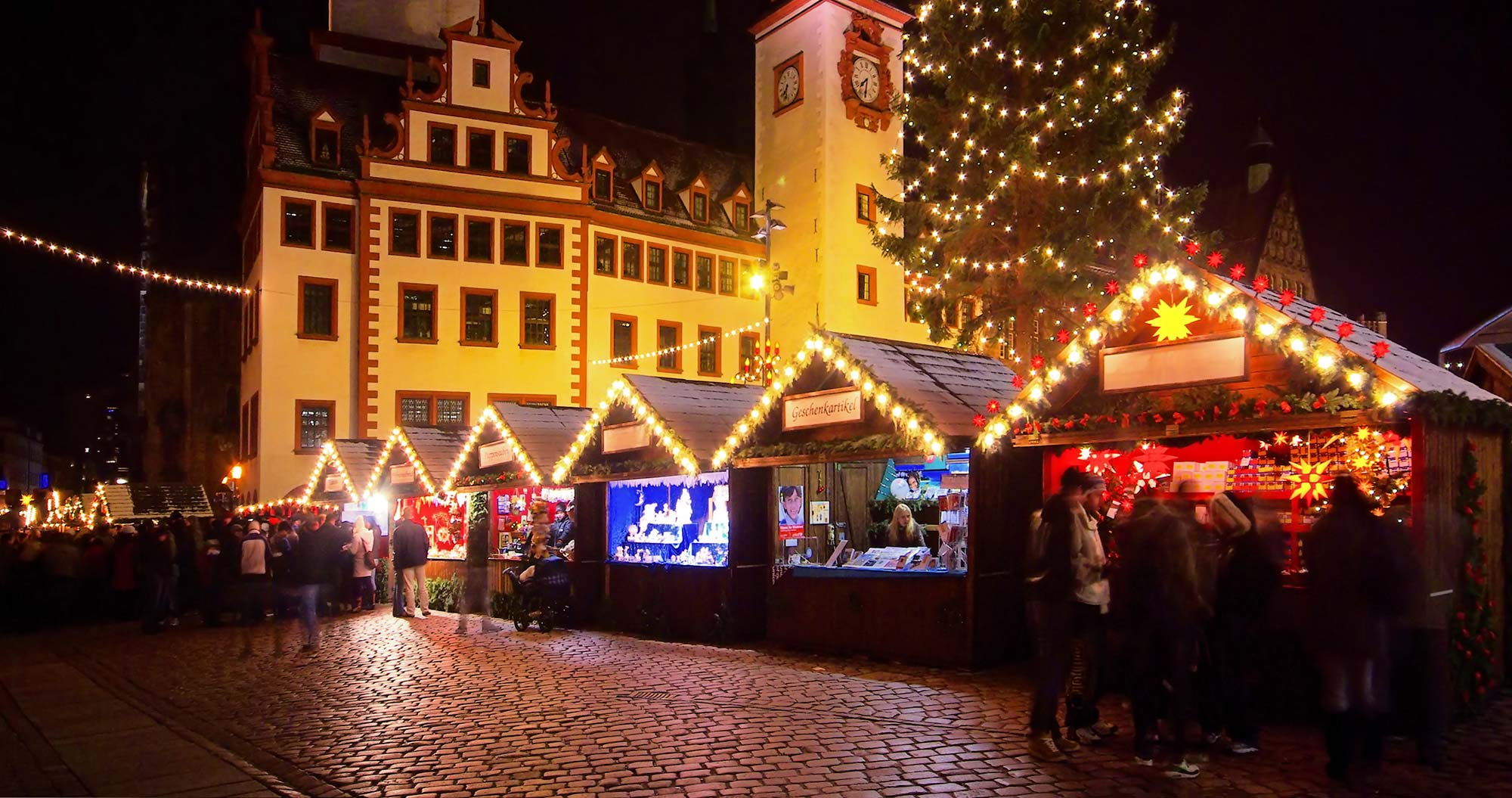 weihnachtsmarkt in chemnitz so ist weihnachten im erzgebirge. Black Bedroom Furniture Sets. Home Design Ideas