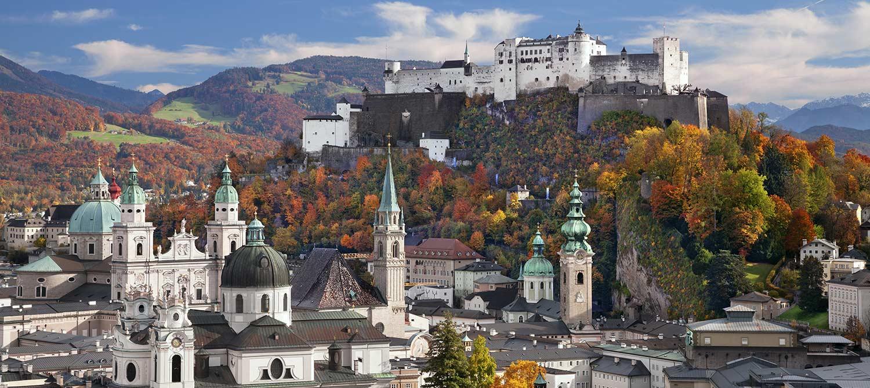 Schloss Hellbrunn Weihnachtsmarkt.Hellbrunner Adventzauber Im Schloss Hellbrunn Bei Salzburg